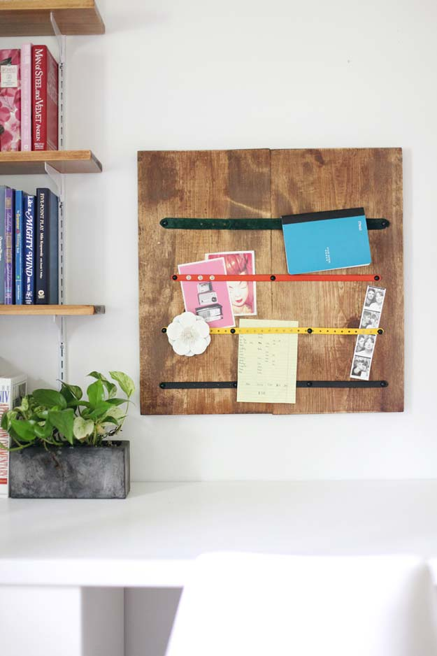Fun DIY Ideas for Your Desk - Belt Strap Memo Board - Cubicles, Ideas for Teens and Student - Cheap Dollar Tree Storage and Decor for Offices and Home - Cool DIY Projects and Crafts for Teens