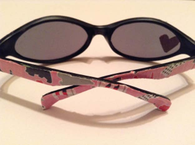 DIY Sunglasses Makeovers - DIY Duct Tape Sunglasses Makeover - Fun Ways to Decorate and Embellish Sunglasses - Embroider, Paint, Add Jewels and Glitter to Your Shades - Cheap and Easy Projects and Crafts for Teens http://diyprojectsforteens.com/diy-sunglasses-makeovers