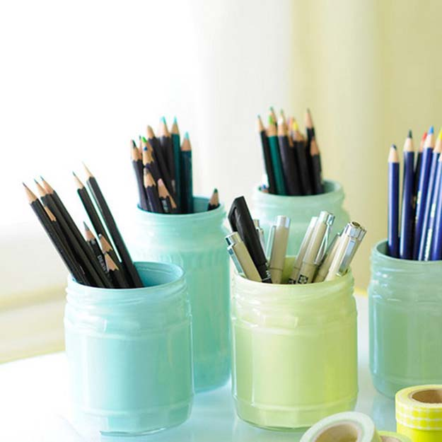 Fun DIY Ideas for Your Desk - Painted Pastel Jars - Cubicles, Ideas for Teens and Student - Cheap Dollar Tree Storage and Decor for Offices and Home - Cool DIY Projects and Crafts for Teens http://diyprojectsforteens.com/diy-ideas-desk