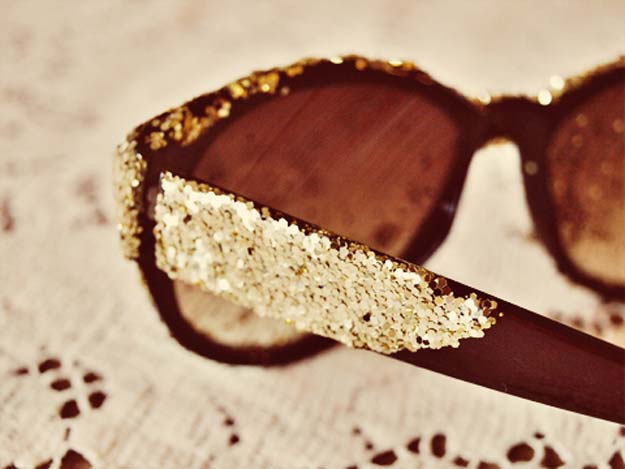 DIY Sunglasses Makeovers - Glitter Sunglasses - Fun Ways to Decorate and Embellish Sunglasses - Embroider, Paint, Add Jewels and Glitter to Your Shades - Cheap and Easy Projects and Crafts for Teens http://diyprojectsforteens.com/diy-sunglasses-makeovers