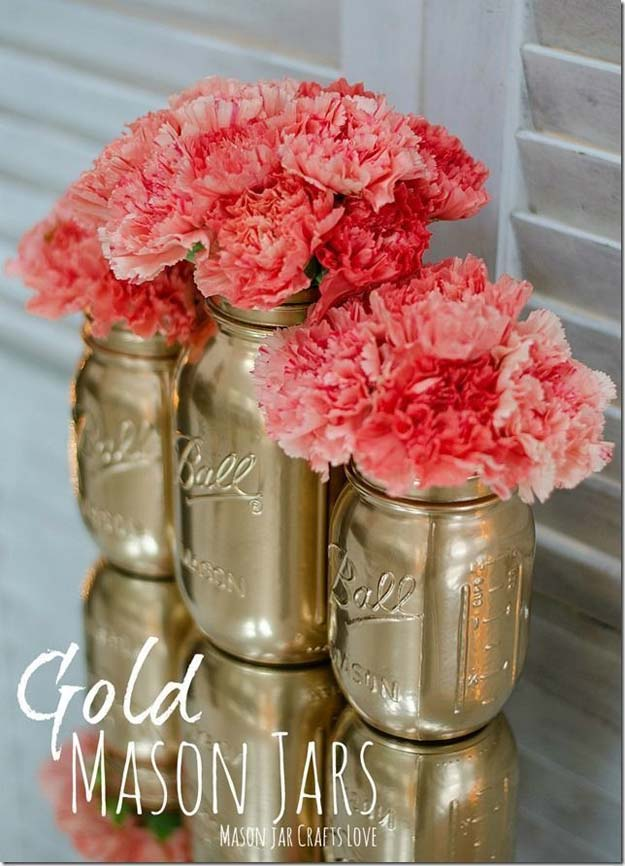 Gold DIY Projects and Crafts - Gold Spray Painted Mason Jar Tutorial - Easy Room Decor, Wall Art and Accesories in Gold - Spray Paint, Painted Ideas, Creative and Cheap Home Decor - Projects and Crafts for Teens, Apartments, Adults and Teenagers