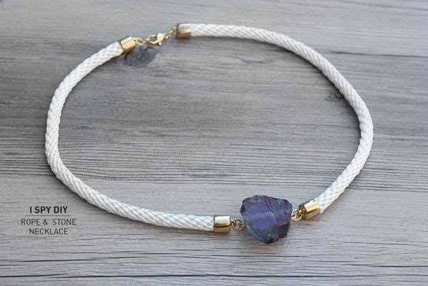 Crafts to Make and Sell - Stone & Rope Necklace - Easy Step by Step Tutorials for Fun, Cool and Creative Ways for Teenagers to Make Money Selling Stuff - Room Decor, Accessories, Gifts and More http://diyprojectsforteens.com/diy-crafts-to-make-and-sell