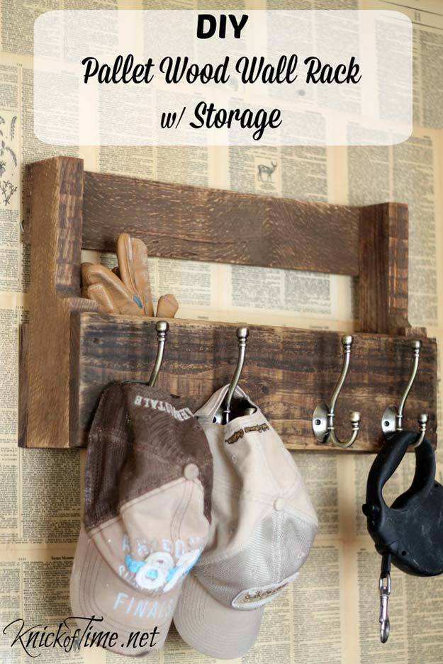 DIY Room Decor Ideas for Boys - - Pallet Wood Wall Rack & Storage - Teen Bedroom Decor Idea for Boy - Wall Art, Lighting, Lamps, Shelves, Bedding, Curtains and Rugs for Boy Rooms - Easy Step by Step Tutorials and Projects for Decorating Teens and Tweens Rooms http://diyprojectsforteens.com/diy-room-decor-boys