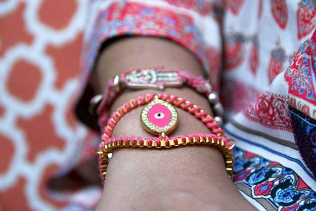 DIY Bracelets - Evil Eye Bracelet - Cool Jewelry Making Tutorials for Making Bracelets at Home - Handmade Bracelet Crafts and Easy DIY Gift for Teens, Girls and Women - With String, Wire, Leather, Beaded, Bangle, Braided, Boho, Modern and Friendship - Cheap and Quick Homemade Jewelry Ideas