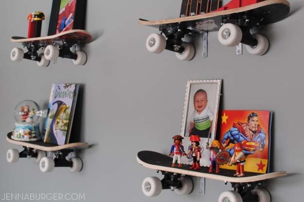 DIY Room Decor Ideas for Boys - - Skateboard Shelves - Teen Bedroom Decor Idea for Boy - Wall Art, Lighting, Lamps, Shelves, Bedding, Curtains and Rugs for Boy Rooms - Easy Step by Step Tutorials and Projects for Decorating Teens and Tweens Rooms http://diyprojectsforteens.com/diy-room-decor-boys