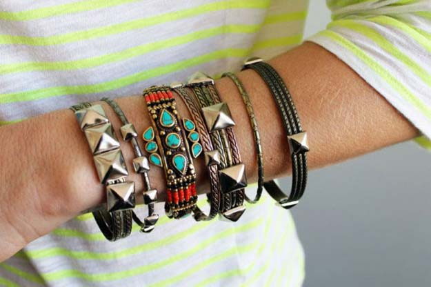 DIY Bracelets - Studded Bangles - Cool Jewelry Making Tutorials for Making Bracelets at Home - Handmade Bracelet Crafts and Easy DIY Gift for Teens, Girls and Women - With String, Wire, Leather, Beaded, Bangle, Braided, Boho, Modern and Friendship - Cheap and Quick Homemade Jewelry Ideas