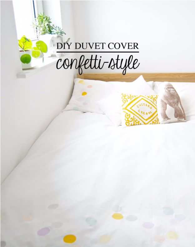 Best DIY Room Decor Ideas for Teens and Teenagers - Confetti-Style DIY Duvet Cover - Best Cool Crafts, Bedroom Accessories, Lighting, Wall Art, Creative Arts and Crafts Projects, Rugs, Pillows, Curtains, Lamps and Lights - Easy and Cheap Do It Yourself Ideas for Teen Bedrooms and Play Rooms #teencrafts #diydecor #roomideas #teenrooms #teendecor #diyideas