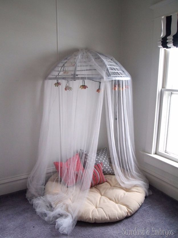 Best DIY Room Decor Ideas for Teens and Teenagers - DIY Canopy Reading Nook - Best Cool Crafts, Bedroom Accessories, Lighting, Wall Art, Creative Arts and Crafts Projects, Rugs, Pillows, Curtains, Lamps and Lights - Easy and Cheap Do It Yourself Ideas for Teen Bedrooms and Play Rooms #teencrafts #diydecor #roomideas #teenrooms #teendecor #diyideas