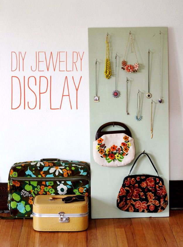 DIY Jewelry Storage - DIY Jewelry Display - Do It Yourself Crafts and Projects for Organizing, Storing and Displaying Jewelry - Earrings, Rings, Necklaces - Jewelry Tree, Boxes, Hangers - Cheap and Easy Ways To Organize Jewelry in Bedroom and Bathroom - Dollar Store Crafts and Cheap Ideas for Decorating http://diyprojectsforteens.com/diy-jewelry-storage