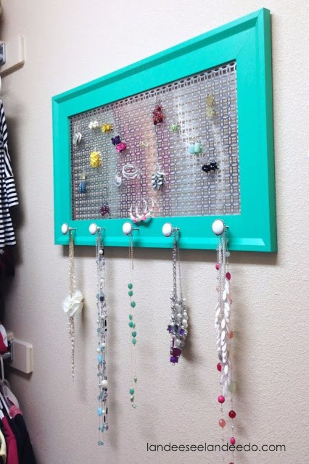 Easy Crafts for Teens - DIY Jewelry Organizer - Cheap and Easy DIY Projects for Teenagers - Learn Basic Craft Techniques and Tutorials for Learning The Basics for Do It Yourself Projects and Fun Crafts - Easy Step by Step Tutorials for Making Pom Poms, Using a Glue Gun, Painting How To and More - Cool Ideas for Teens, Teenagers and Adults - Cheap Arts and Crafts Ideas and Tips