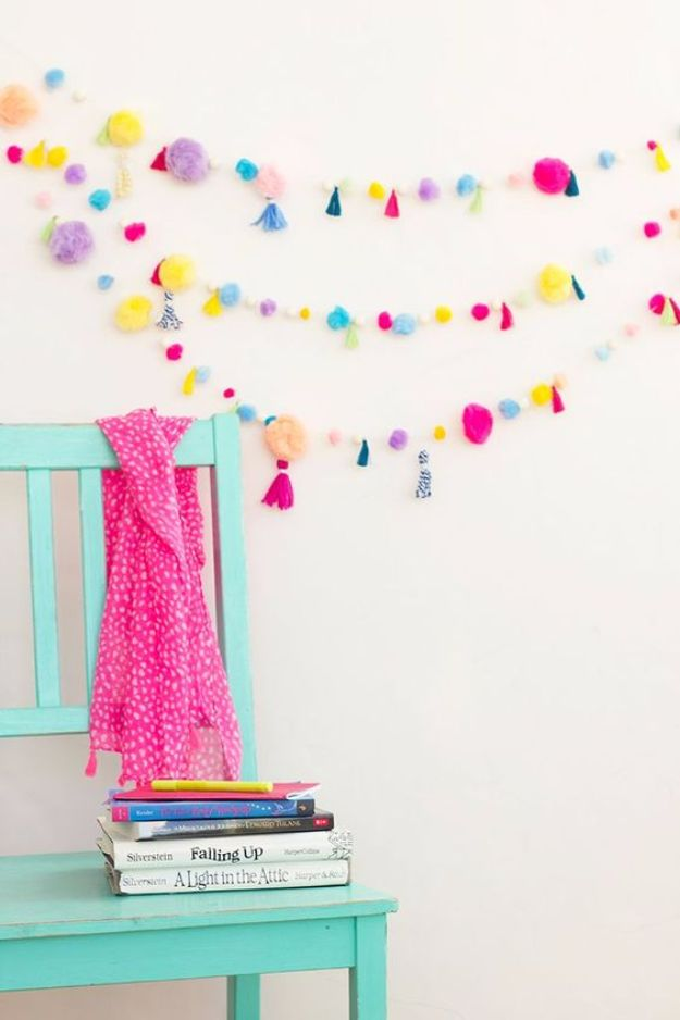Creative and Inexpensive Room Decor Ideas for Teens and Teenagers - DIY Pom Pom Tassel Garland - Best Cool Crafts, Bedroom Accessories, Lighting, Wall Art, Creative Arts and Crafts Projects, Rugs, Pillows, Curtains, Lamps and Lights - Easy and Cheap Do It Yourself Ideas for Teen Bedrooms and Play Rooms #teencrafts #diydecor #roomideas #teenrooms #teendecor #diyideas