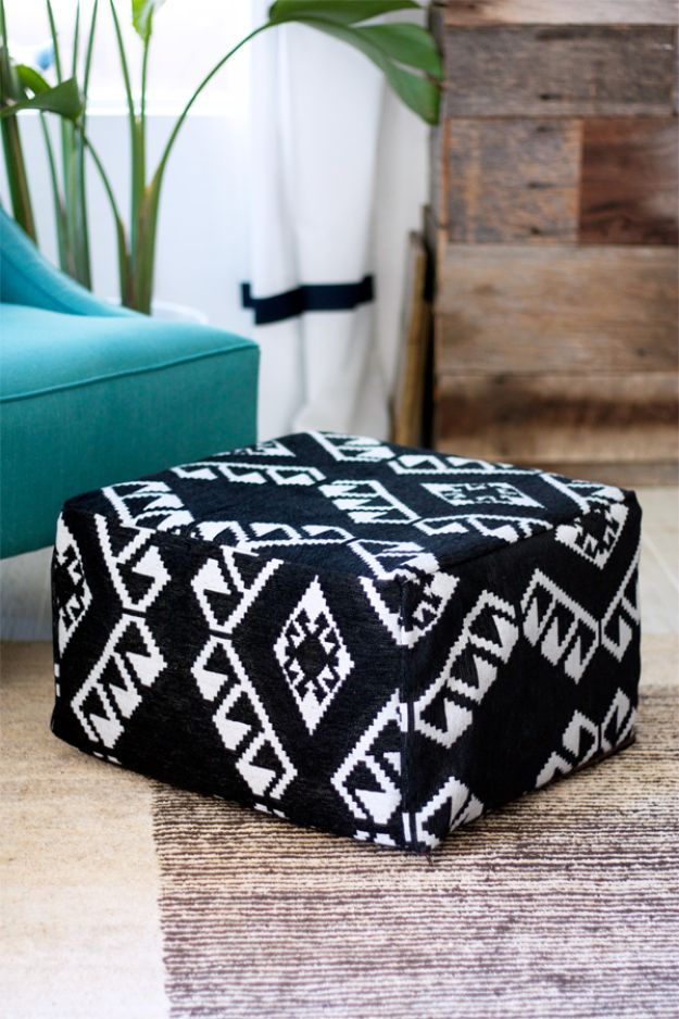 Best DIY Room Decor Ideas for Teens and Teenagers - DIY Pouf Seating - Best Cool Crafts, Bedroom Accessories, Lighting, Wall Art, Creative Arts and Crafts Projects, Rugs, Pillows, Curtains, Lamps and Lights - Easy and Cheap Do It Yourself Ideas for Teen Bedrooms and Play Rooms http://diyprojectsforteens.com/diy-room-decor-ideas-teens