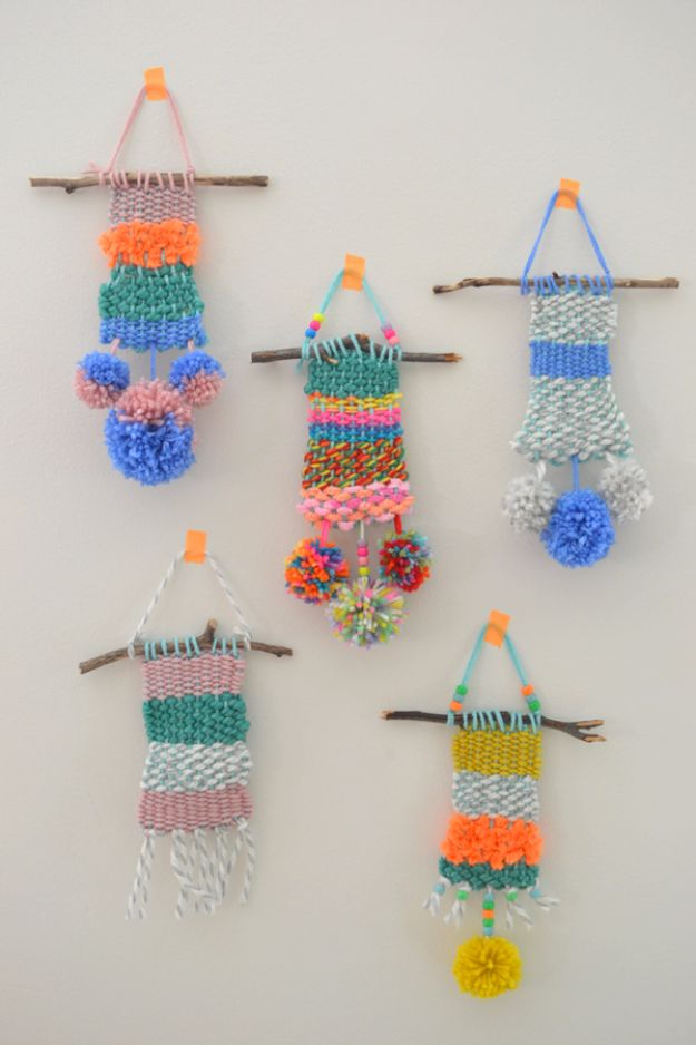Best DIY Ideas for Teens To Make This Summer - Easy DIY Weave Wall Hanging - Fun and Easy Crafts, Room Decor, Toys and Craft Projects to Make And Sell - Cool Gifts for Friends, Awesome Things To Do When You Are Bored - Teenagers - Boys and Girls Love Making These Creative Projects With Step by Step Tutorials and Instructions #diyideas #summer #teencrafts #crafts
