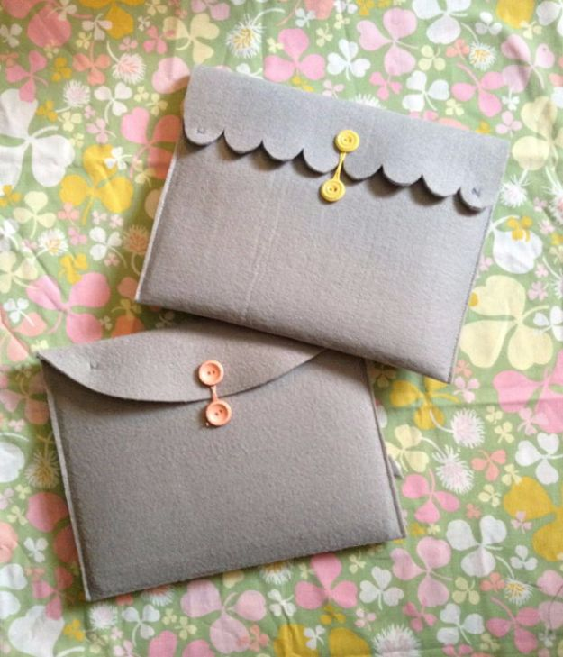 Easy Crafts for Teens - Felt Ipad Case - Cheap and Easy DIY Projects for Teenagers - Learn Basic Craft Techniques and Tutorials for Learning The Basics for Do It Yourself Projects and Fun Crafts - Easy Step by Step Tutorials for Making Pom Poms, Using a Glue Gun, Painting How To and More - Cool Ideas for Teens, Teenagers and Adults - Cheap Arts and Crafts Ideas and Tips