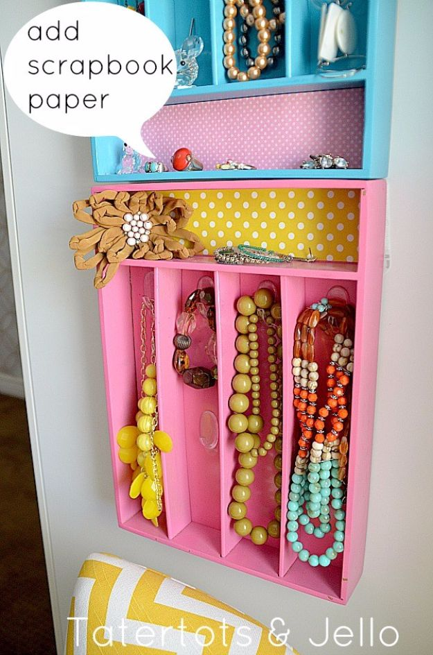 Best DIY Room Decor Ideas for Teens and Teenagers - Jewelry Organizer - Best Cool Crafts, Bedroom Accessories, Lighting, Wall Art, Creative Arts and Crafts Projects, Rugs, Pillows, Curtains, Lamps and Lights - Easy and Cheap Do It Yourself Ideas for Teen Bedrooms and Play Rooms #teencrafts #diydecor #roomideas #teenrooms #teendecor #diyideas