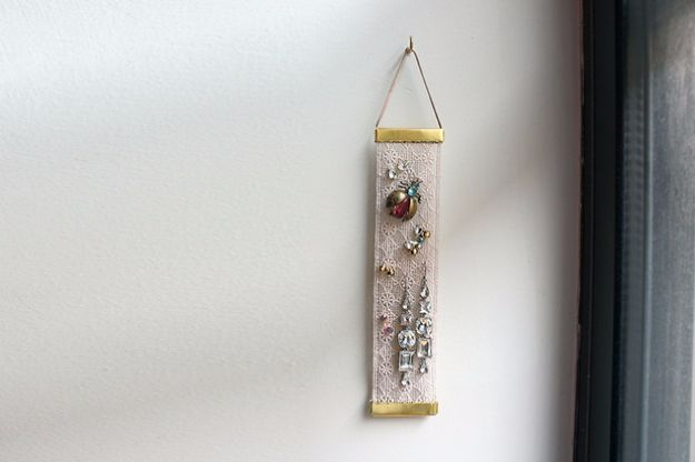 DIY Jewelry Storage - Lace Earring Holder - Do It Yourself Crafts and Projects for Organizing, Storing and Displaying Jewelry - Earrings, Rings, Necklaces - Jewelry Tree, Boxes, Hangers - Cheap and Easy Ways To Organize Jewelry in Bedroom and Bathroom - Dollar Store Crafts and Cheap Ideas for Decorating http://diyprojectsforteens.com/diy-jewelry-storage