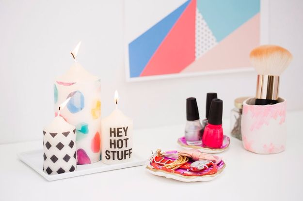 Best DIY Room Decor Ideas for Teens and Teenagers - Patterned Candles - Best Cool Crafts, Bedroom Accessories, Lighting, Wall Art, Creative Arts and Crafts Projects, Rugs, Pillows, Curtains, Lamps and Lights - Easy and Cheap Do It Yourself Ideas for Teen Bedrooms and Play Rooms http://diyprojectsforteens.com/diy-room-decor-ideas-teens