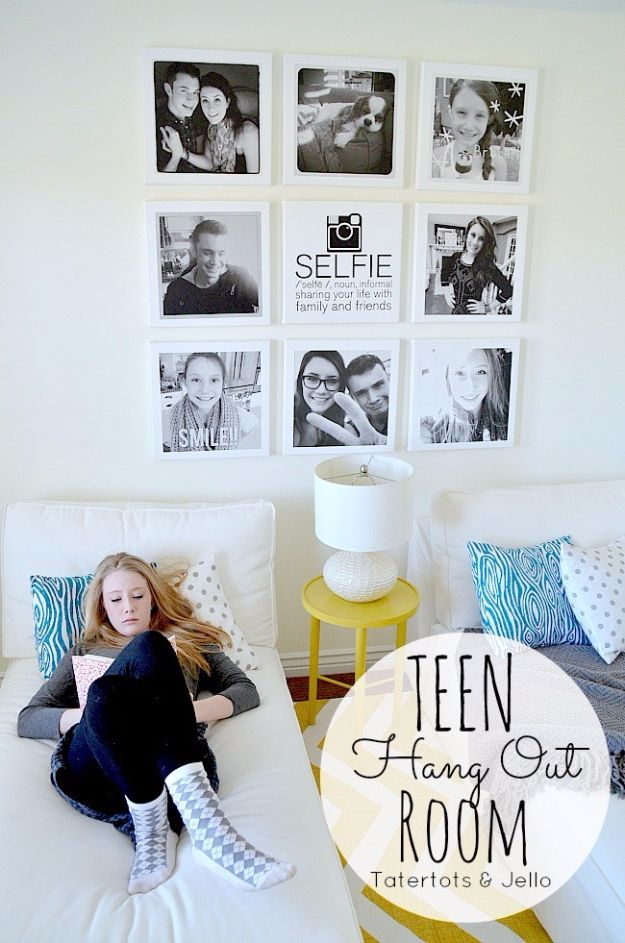 Best DIY Room Decor Ideas for Teens and Teenagers - Selfie Wall - Best Cool Crafts, Bedroom Accessories, Lighting, Wall Art, Creative Arts and Crafts Projects, Rugs, Pillows, Curtains, Lamps and Lights - Easy and Cheap Do It Yourself Ideas for Teen Bedrooms and Play Rooms #teencrafts #diydecor #roomideas #teenrooms #teendecor #diyideas