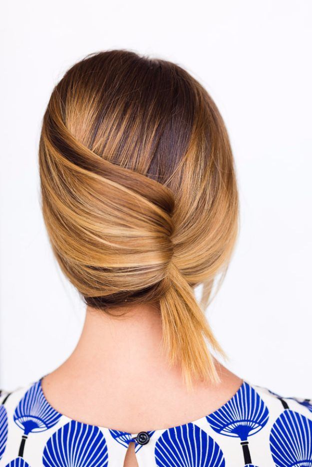 Cool Hair Tutorials for Summer - Casual Summer French Twist - Easy Hairstyles and Creative Looks for Hair - Beachy Waves, Hair Styles for Short Hair, Medium Length and Long Hair - Ponytails, Updo Ideas and Quick Last Minute Hairstyle for Teens, Teenagers and Women http://diyprojectsforteens.com/cool-hairstyles-summer