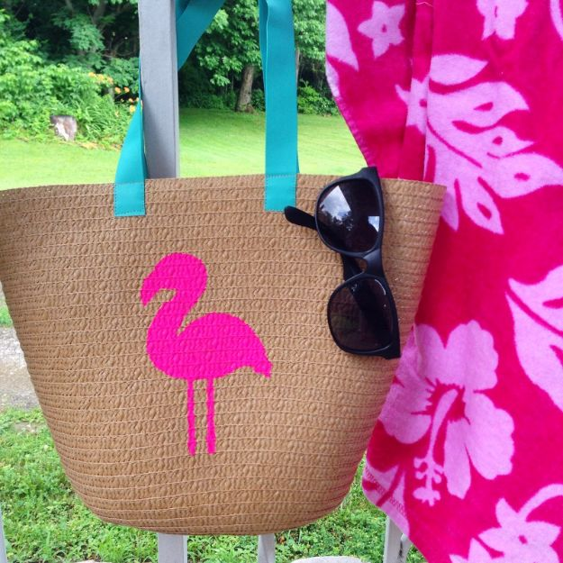 DIY Bags for Summer - DIY Painted Flamingo Tote - Easy Ideas to Make for Beach and Pool - Quick Projects for a Bag on A Budget - Cute No Sew Idea, Quick Sewing Patterns - Paint and Crafts for Making Creative Beach Bags - Fun Tutorials for Kids, Teens, Teenagers, Girls and Adults http://diyprojectsforteens.com/diy-bags-summer