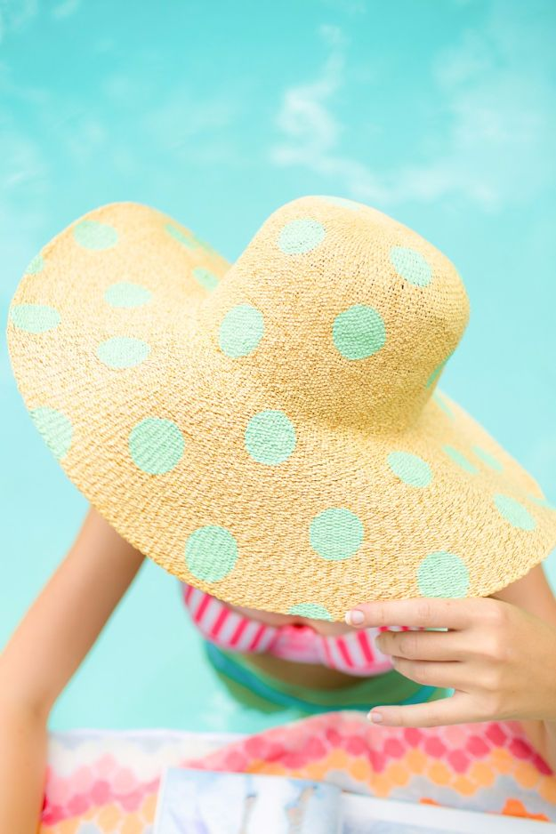 Cool Summer Fashions for Teens - DIY Polka Dot Floppy Hat - Easy Sewing Projects and No Sew Crafts for Fun Fashion for Teenagers - DIY Clothes, Shoes and Accessories for Summertime Looks - Cheap and Creative Ways to Dress on A Budget http://diyprojectsforteens.com/diy-summer-fashion-teens