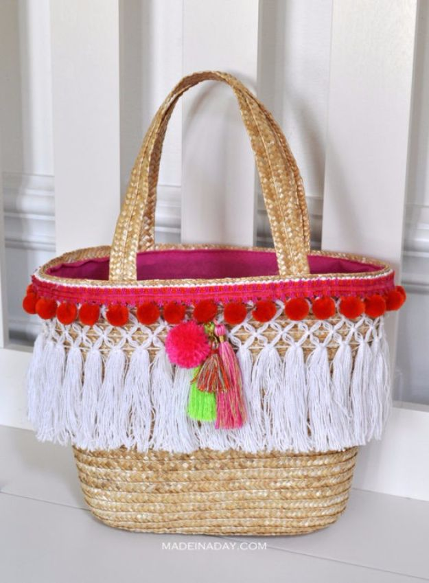 Cool Summer Fashions for Teens - DIY Pom Tassel Basket Totes - Easy Sewing Projects and No Sew Crafts for Fun Fashion for Teenagers - DIY Clothes, Shoes and Accessories for Summertime Looks - Cheap and Creative Ways to Dress on A Budget http://diyprojectsforteens.com/diy-summer-fashion-teens