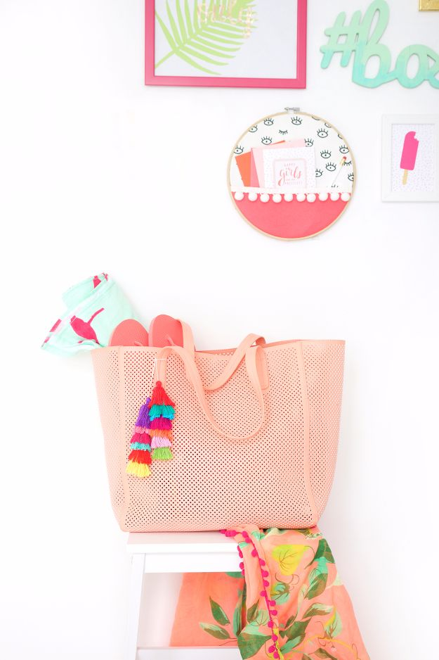 DIY Bags for Summer - DIY Tiered Tassel Bag - Easy Ideas to Make for Beach and Pool - Quick Projects for a Bag on A Budget - Cute No Sew Idea, Quick Sewing Patterns - Paint and Crafts for Making Creative Beach Bags - Fun Tutorials for Kids, Teens, Teenagers, Girls and Adults http://diyprojectsforteens.com/diy-bags-summer
