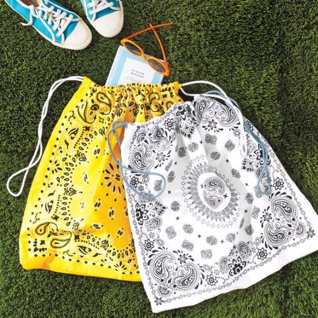 DIY Bags for Summer - Drawstring Bandanna Tote Bags - Easy Ideas to Make for Beach and Pool - Quick Projects for a Bag on A Budget - Cute No Sew Idea, Quick Sewing Patterns - Paint and Crafts for Making Creative Beach Bags - Fun Tutorials for Kids, Teens, Teenagers, Girls and Adults http://diyprojectsforteens.com/diy-bags-summer
