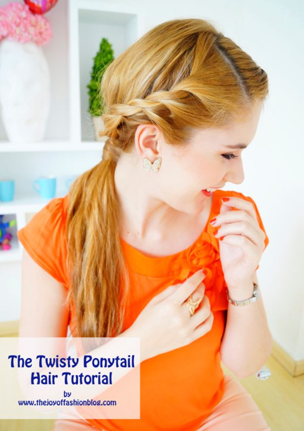 Cool Hair Tutorials for Summer - Perfect Twisty Ponytail - Easy Hairstyles and Creative Looks for Hair - Beachy Waves, Hair Styles for Short Hair, Medium Length and Long Hair - Ponytails, Updo Ideas and Quick Last Minute Hairstyle for Teens, Teenagers and Women http://diyprojectsforteens.com/cool-hairstyles-summer