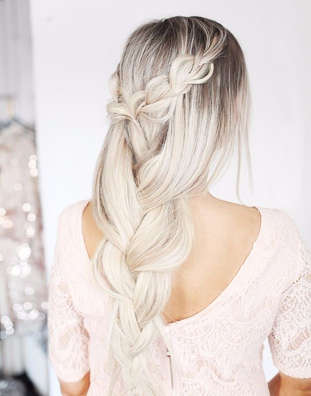 Cool Hair Tutorials for Summer - Romantic Braid Hair Tutorial - Easy Hairstyles and Creative Looks for Hair - Beachy Waves, Hair Styles for Short Hair, Medium Length and Long Hair - Ponytails, Updo Ideas and Quick Last Minute Hairstyle for Teens, Teenagers and Women http://diyprojectsforteens.com/cool-hairstyles-summer