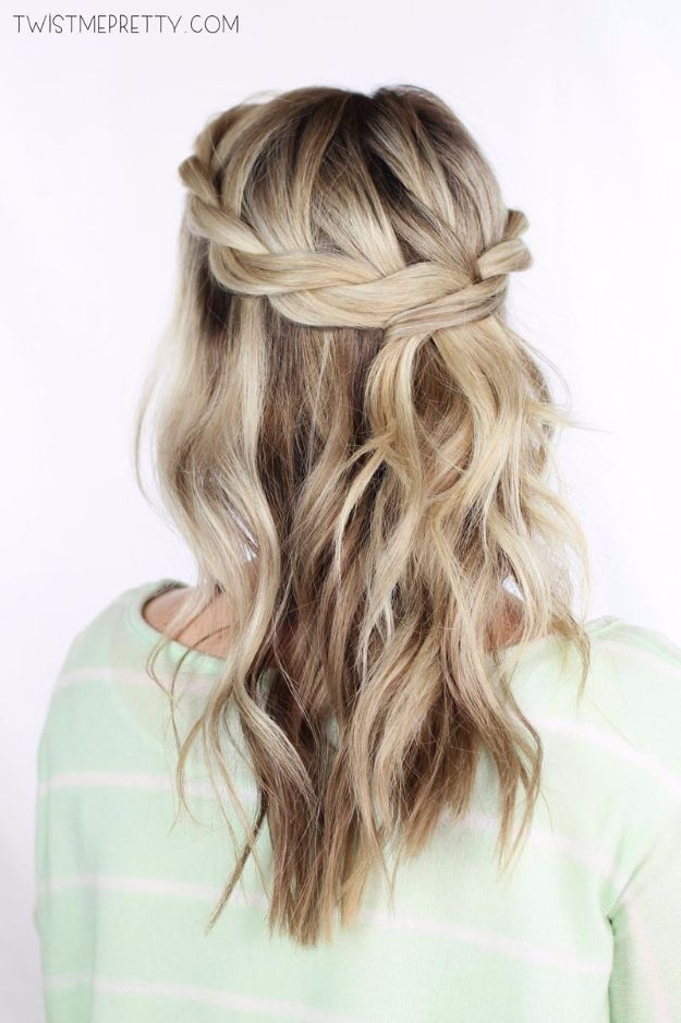 Cool Hair Tutorials for Summer - Twisted Crown Braid Tutorial - Easy Hairstyles and Creative Looks for Hair - Beachy Waves, Hair Styles for Short Hair, Medium Length and Long Hair - Ponytails, Updo Ideas and Quick Last Minute Hairstyle for Teens, Teenagers and Women http://diyprojectsforteens.com/cool-hairstyles-summer