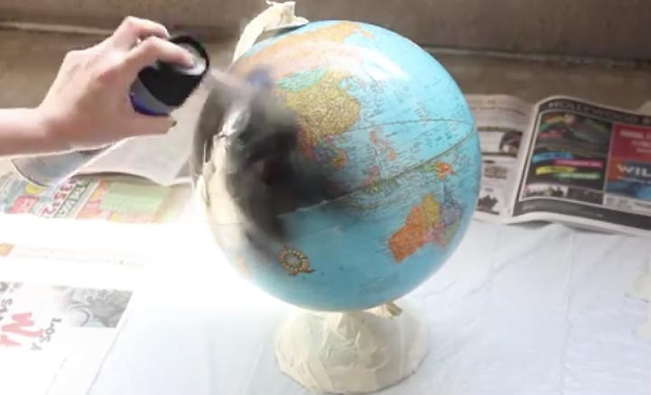 Easy DIY Chalkboard Globe-Cool Room Decor For Teens-Cheap And Easy Crafts To Make And Sell-Cheap Bedroom Decor For Teenagers