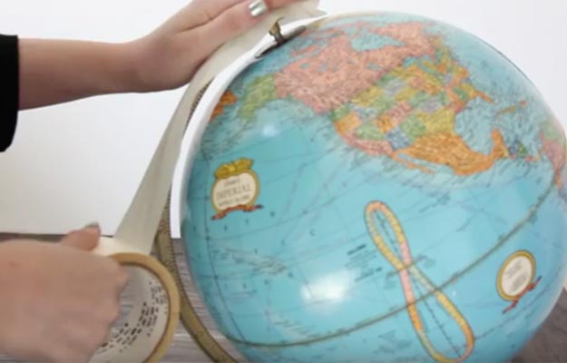 How To Make A DIY Chalkboard Globe-Cool Room Decor For Teens-Cheap And Easy Crafts To Make And Sell-Cheap Bedroom Decor For Teenagers