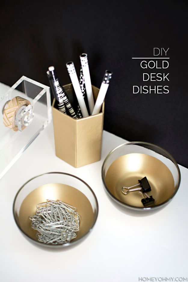 Cheap Crafts for Teens - DIY Gold Desk Dishes - Inexpensive DIY Projects for Teenagers and Tweens - Cute Room Decor, School Supplies, Accessories and Clothing You Can Make On A Budget - Fun Dollar Store Crafts - Cool DIY Gift Ideas for Christmas, Birthdays, BFF gifts and more - Step by Step Tutorials and Instructions http://diyprojectsforteens.com/cheap-craft-ideas-for-teens/