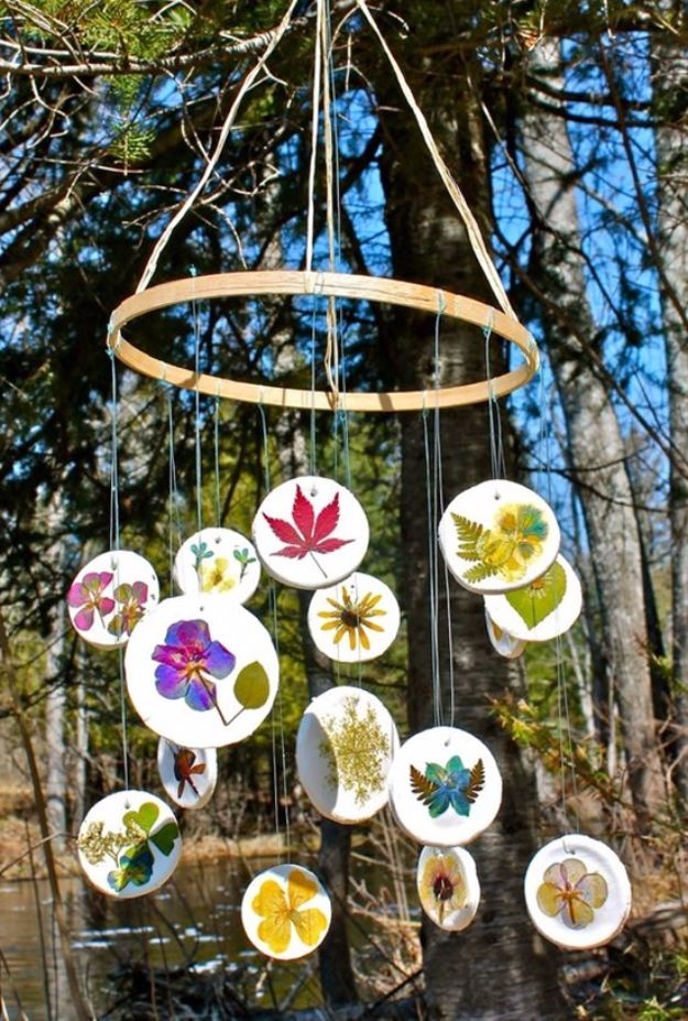 Cheap Crafts for Teens - Pressed Flower Mobile - Inexpensive DIY Projects for Teenagers and Tweens - Cute Room Decor, School Supplies, Accessories and Clothing You Can Make On A Budget - Fun Dollar Store Crafts - Cool DIY Gift Ideas for Christmas, Birthdays, BFF gifts and more - Step by Step Tutorials and Instructions #cheapcrafts #dollarstorecrafts #teencrafts #dollartreecrafts