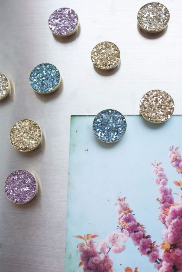 DIY School Supplies - Faux Druzy Magnets - Easy Crafts and Do It Yourself Ideas for Back To School - Pencils, Notebooks, Backpacks and Fun Gear for Going Back To Class - Creative DIY Projects for Cheap School Supplies - Cute Crafts for Teens and Kids #backtoschool #teencrafts #kidscrafts #teen #diyideas #crafts