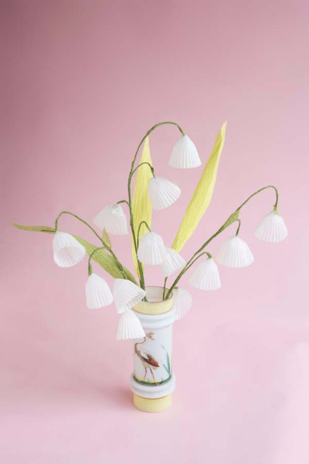 DIY Paper Flowers For Your Room - Baking Cups Lily Of The Valley DIY - How To Make A Paper Flower - Large Wedding Backdrop for Wall Decor - Easy Tissue Paper Flower Tutorial for Kids - Giant Projects for Photo Backdrops - Daisy, Roses, Bouquets, Centerpieces - Cricut Template and Step by Step Tutorial http://diyjoy.com/diy-paper-flowers