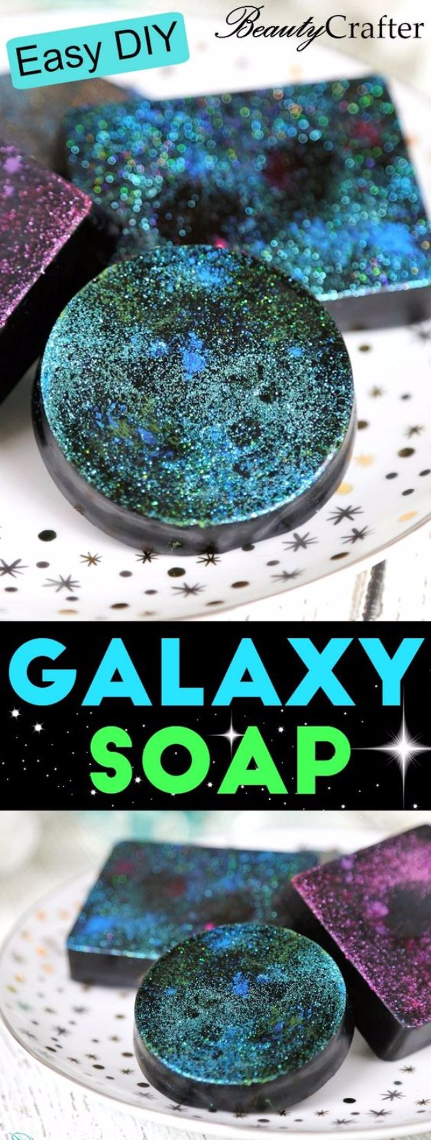 Galaxy DIY Crafts - DIY Galaxy Soap - Easy Room Decor, Cool Clothes, Fun Fabric Ideas and Painting Projects - Food, Cookies and Cupcake Recipes - Nebula Galaxy In A Jar - Art for Your Bedroom - Shirt, Backpack, Soap, Decorations for Teens, Kids and Adults http://diyprojectsforteens.com/galaxy-crafts