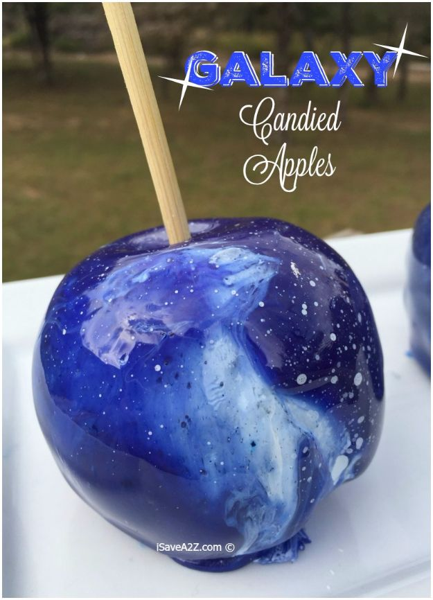 Galaxy DIY Crafts - Galaxy Candied Apples - Easy Room Decor, Cool Clothes, Fun Fabric Ideas and Painting Projects - Food, Cookies and Cupcake Recipes - Nebula Galaxy In A Jar - Art for Your Bedroom - Shirt, Backpack, Soap, Decorations for Teens, Kids and Adults http://diyprojectsforteens.com/galaxy-crafts