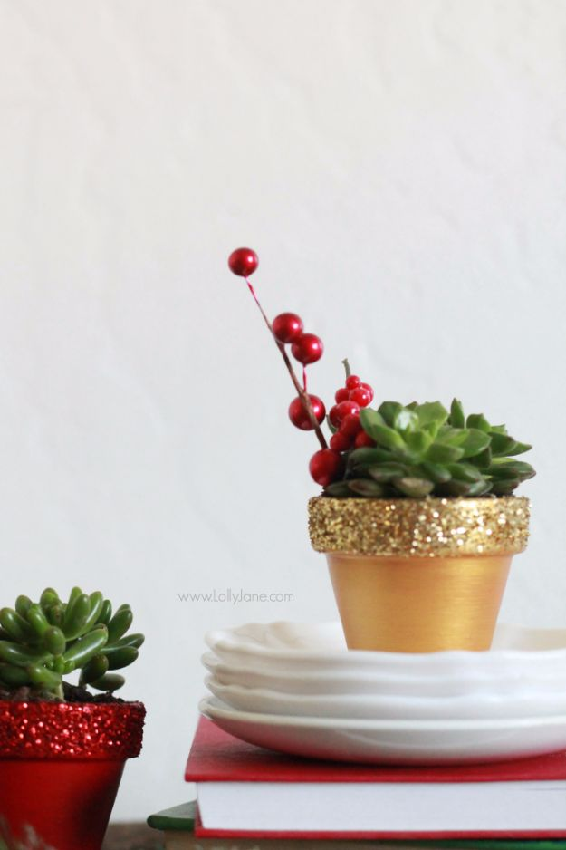 DIY Ideas WIth Glitter - Glitter Succulent Planters - Easy Crafts and Projects for Decoration, Gifts, and Bedroom Decor - How To Make Ombre, Mod Podge and Glitter Mason Jar Gift Ideas For Teens - Easy Clothes and Makeup Crafts For Teenagers http://diyprojectsforteens.com/glitter-crafts-ideas