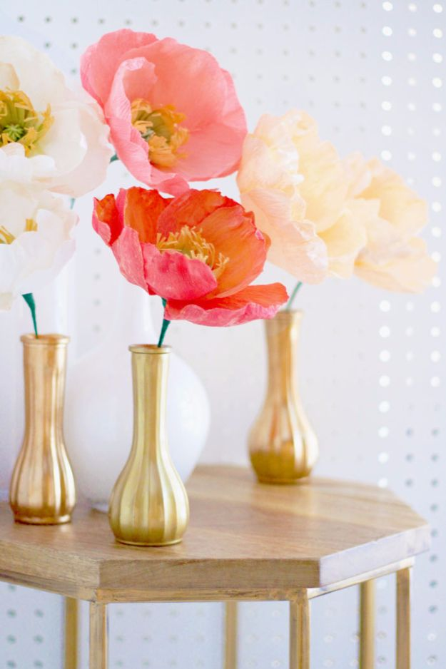 DIY Paper Flowers For Your Room - Icelandic Poppies - How To Make A Paper Flower - Large Wedding Backdrop for Wall Decor - Easy Tissue Paper Flower Tutorial for Kids - Giant Projects for Photo Backdrops - Daisy, Roses, Bouquets, Centerpieces - Cricut Template and Step by Step Tutorial http://diyjoy.com/diy-paper-flowers