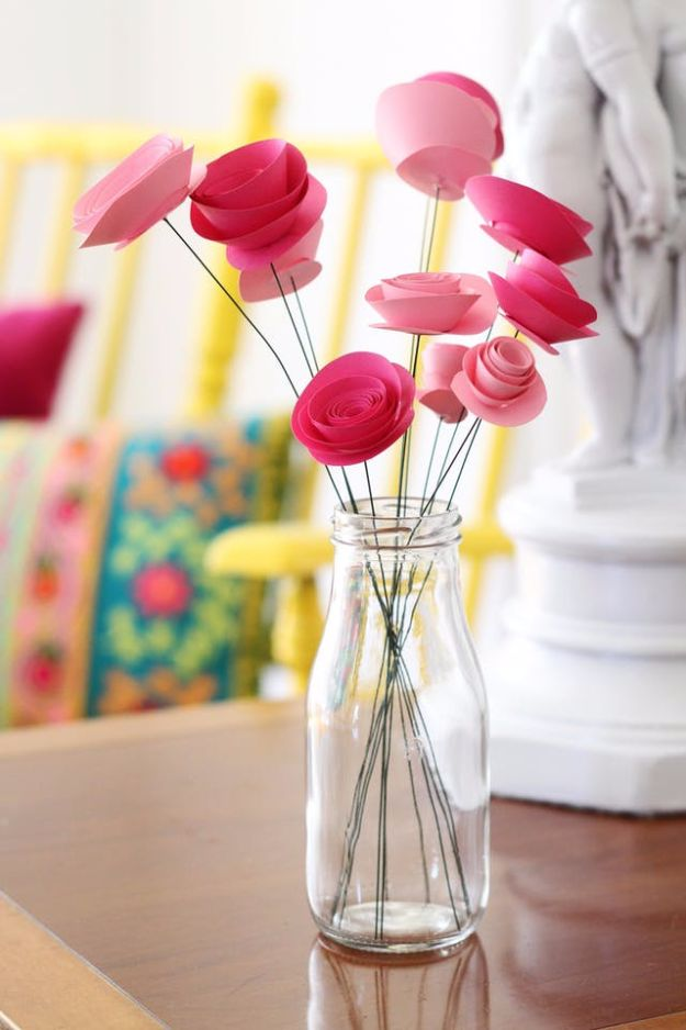 DIY Paper Flowers For Your Room - Spray Roses - How To Make A Paper Flower - Large Wedding Backdrop for Wall Decor - Easy Tissue Paper Flower Tutorial for Kids - Giant Projects for Photo Backdrops - Daisy, Roses, Bouquets, Centerpieces - Cricut Template and Step by Step Tutorial http://diyjoy.com/diy-paper-flowers