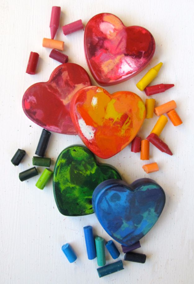 Cheap DIY Valentine's Day Gift Ideas - Crayon Heart Valentines - Make These Easy and Inexpensive Crafts and Valentine Projects - Cute Dollar Store Ideas, Tutorials for Making Jars, Gift Boxes, Pink Red and Heart Shaped Decor - Creative Ways To Say I Love You to Your BFF, Boyfriend, Girlfriend, Husband, Wife and Kids http://diyprojectsforteens.com/cheap-diy-valentines-gifts