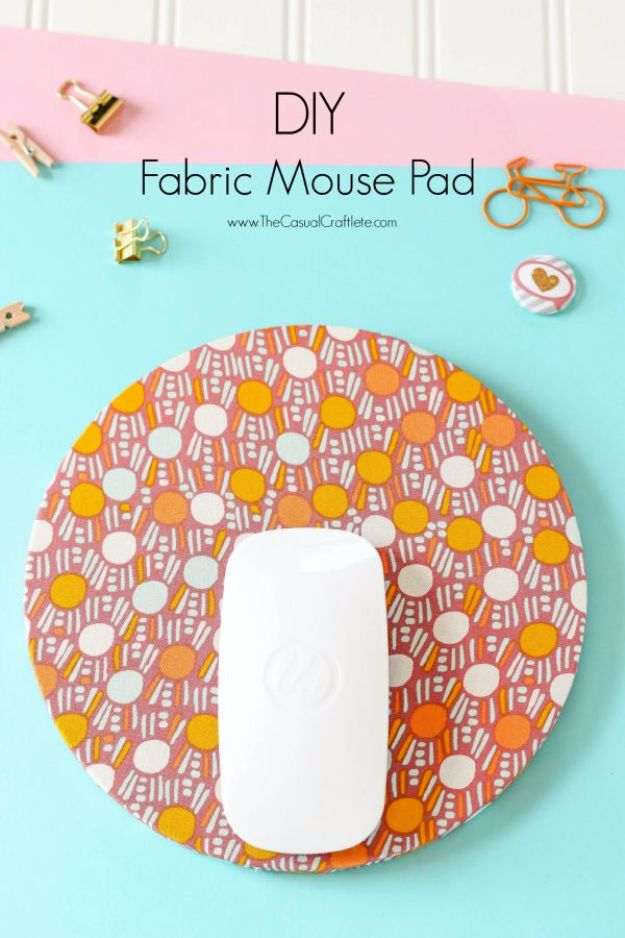 Cheap DIY Gifts and Inexpensive Homemade Christmas Gift Ideas for People on A Budget - DIY Fabric Mouse Pad - To Make These Cool Presents Instead of Buying for the Holidays - Easy and Low Cost Gifts fTo Make For Friends and Neighbors - Quick Dollar Store Crafts and Projects for Xmas Gift Giving Parties - Step by Step Tutorials and Instructions #diygifts #teencrafts #diyideas #crafts #christmasgifts #cheapgifts