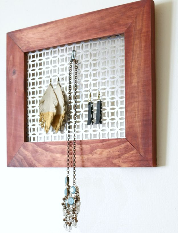 Cheap DIY Gifts and Inexpensive Homemade Christmas Gift Ideas for People on A Budget - DIY Hanging Jewelry Organizer - To Make These Cool Presents Instead of Buying for the Holidays - Easy and Low Cost Gifts fTo Make For Friends and Neighbors - Quick Dollar Store Crafts and Projects for Xmas Gift Giving Parties - Step by Step Tutorials and Instructions http://diyjoy.com/cheap-gifts-to-make-for-friends
