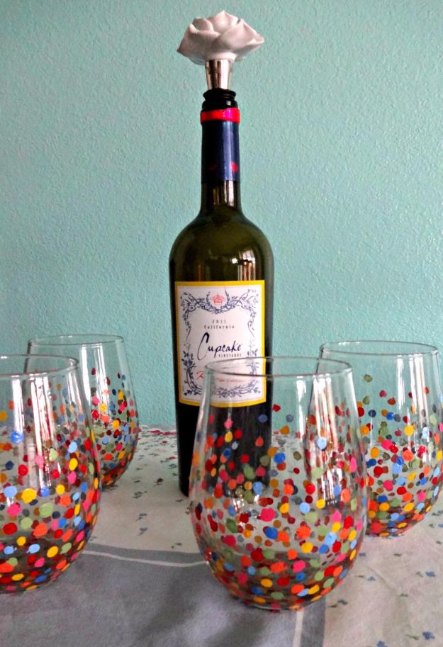 Cheap DIY Gifts and Inexpensive Homemade Christmas Gift Ideas for People on A Budget - DIY Painted Wine Glasses - To Make These Cool Presents Instead of Buying for the Holidays - Easy and Low Cost Gifts fTo Make For Friends and Neighbors - Quick Dollar Store Crafts and Projects for Xmas Gift Giving Parties - Step by Step Tutorials and Instructions #diygifts #teencrafts #diyideas #crafts #christmasgifts #cheapgifts
