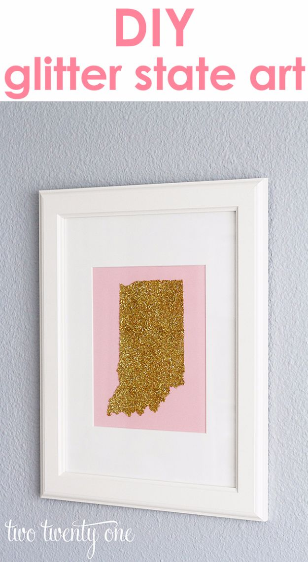Crafts for Teens to Make and Sell - Glitter State Art DIY - Cheap and Easy DIY Ideas To Make For Extra Money - Best Things to Sell On Etsy, Dollar Store Craft Ideas, Quick Projects for Teenagers To Make Spending Cash - DIY Gifts, Wall Art, School Supplies, Room Decor, Jewelry, Fashion, Hair Accessories, Bracelets, Magnets http://diyprojectsforteens.com/crafts-to-sell-teens