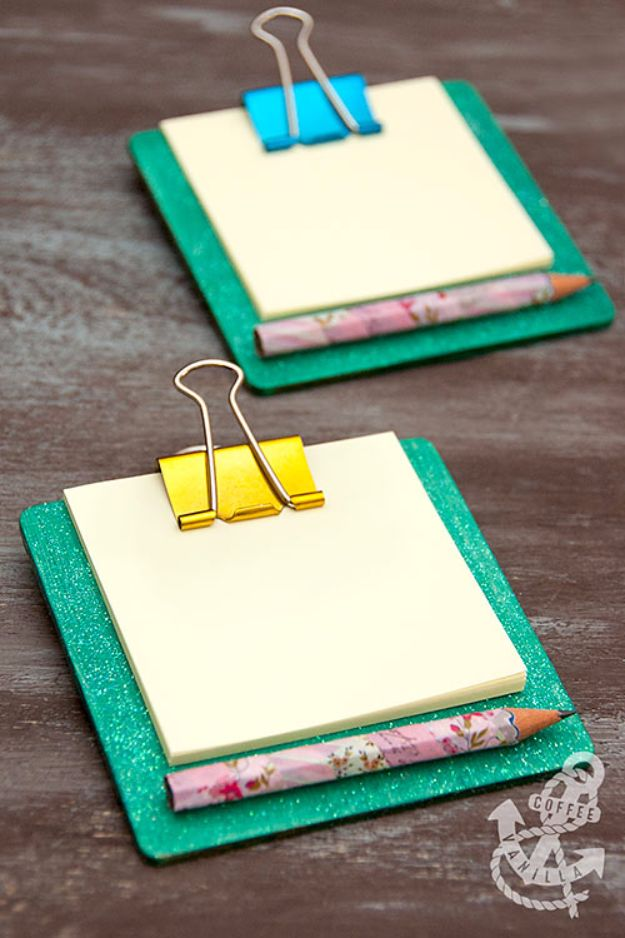 Crafts for Teens to Make and Sell - Mini Coaster Clipboard - Cheap and Easy DIY Ideas To Make For Extra Money - Best Things to Sell On Etsy, Dollar Store Craft Ideas, Quick Projects for Teenagers To Make Spending Cash - DIY Gifts, Wall Art, School Supplies, Room Decor, Jewelry, Fashion, Hair Accessories, Bracelets, Magnets http://diyprojectsforteens.com/crafts-to-sell-teens