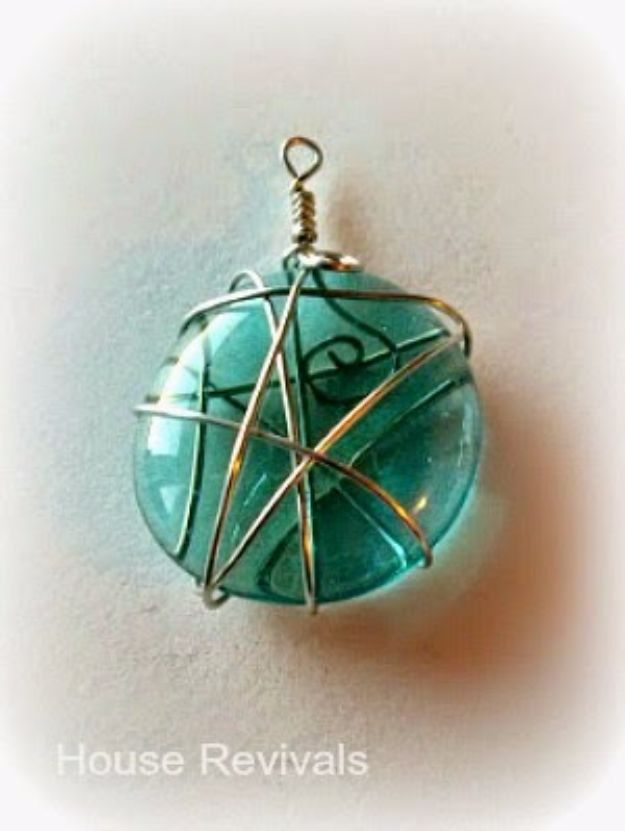 Crafts for Teens to Make and Sell - Pretty Glass Pendants - Cheap and Easy DIY Ideas To Make For Extra Money - Best Things to Sell On Etsy, Dollar Store Craft Ideas, Quick Projects for Teenagers To Make Spending Cash - DIY Gifts, Wall Art, School Supplies, Room Decor, Jewelry, Fashion, Hair Accessories, Bracelets, Magnets #teencrafts #craftstosell #etsyideass