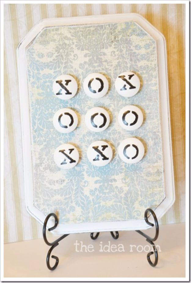 Crafts for Teens to Make and Sell - Tic Tac Toe Board - Cheap and Easy DIY Ideas To Make For Extra Money - Best Things to Sell On Etsy, Dollar Store Craft Ideas, Quick Projects for Teenagers To Make Spending Cash - DIY Gifts, Wall Art, School Supplies, Room Decor, Jewelry, Fashion, Hair Accessories, Bracelets, Magnets #teencrafts #craftstosell #etsyideass